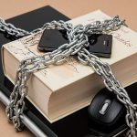 Zaščita e-knjige pred piratstvom (foto: Pixabay / Pexels)