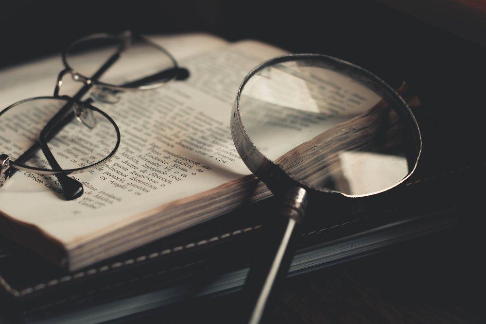 Literarna kritika kot avtokreacija in avtodestrukcija
